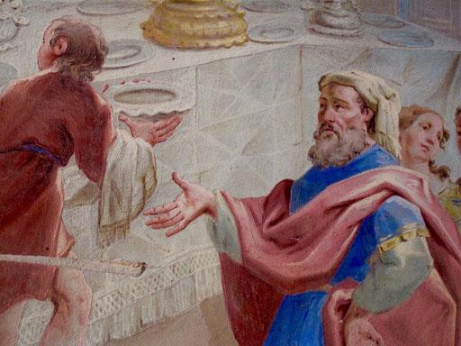 nachgemalte Fresken am Eingang