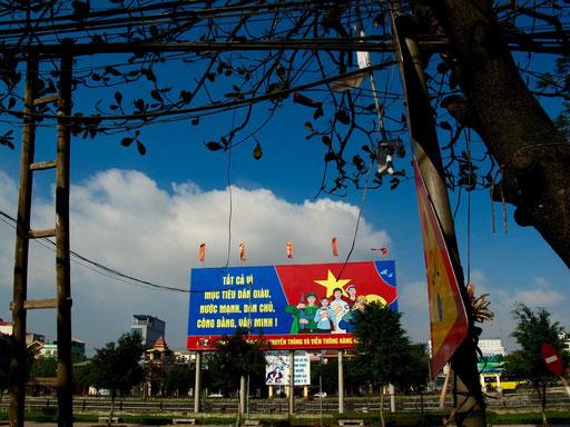 überall waren die Revolutions-Großplakate zu sehen
