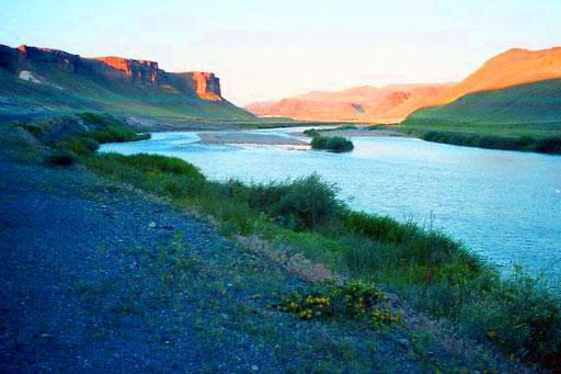 die Landschaft am Aras, unberührt, weit und schön