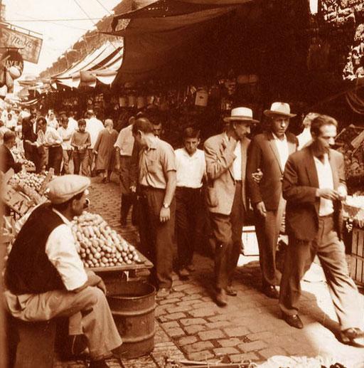 reges Treiben in den vielen Gassen des Bazars