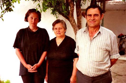 in Elason nahm uns Mirko und seine Frau Julia auf