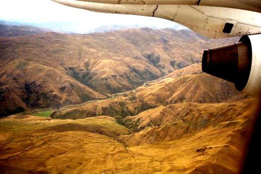 beeindruckend das kahle Ratami-Gebirge