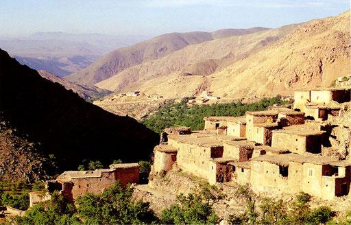 Blick in das Tal Ait Tinidir
