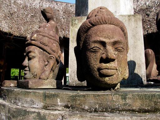 beginnend im 2. Jhd. entstand an der Küste Vietnams die Cham-Kultur