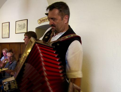 Virtuos der Akkordeon-Spieler