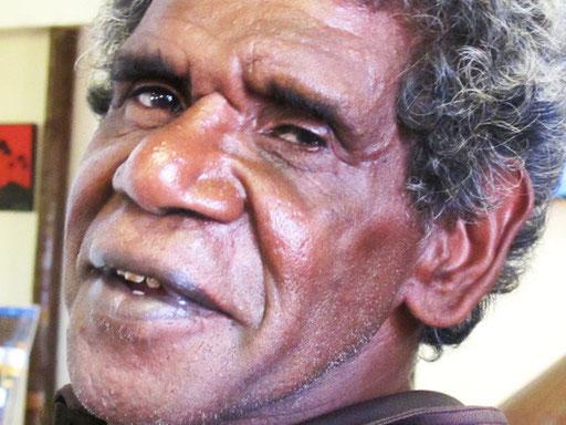 ein Aborigines der sich gern photographieren liess