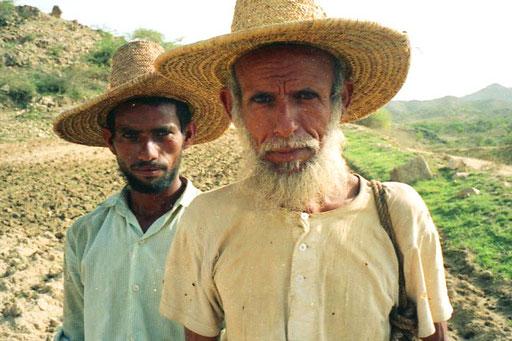 der Vater Mohamed mit seinem zweiten Sohn