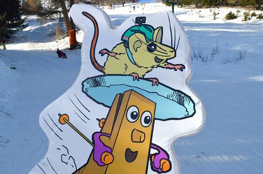 Raccard; Raclette; Raccard et Raclette; Raccard & Raclette; Mascotte; Thyon 2000; Thyon-Les Collons; Les Collons; ski; tourisme; Tobias Willa; Illustration; Souris; Fromage; Valais; Village ludique; espace ludique; dessins; mascot; hiver; Val d'Hérens
