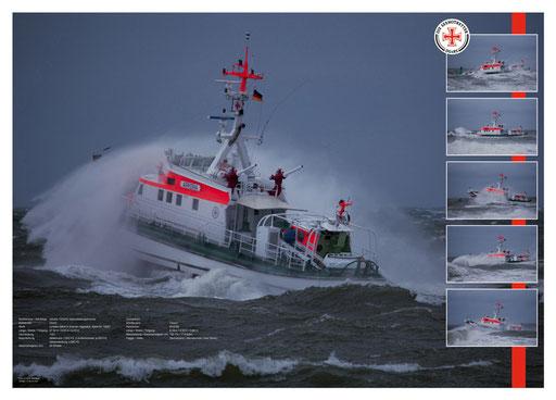 "Seenotretter ""Arkona"" mit Tochterboot ""Caspar"" bei Sturm"