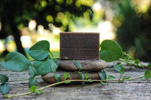 jabón natural de chocolate-cosmética natural ecológica-decoloresnatur
