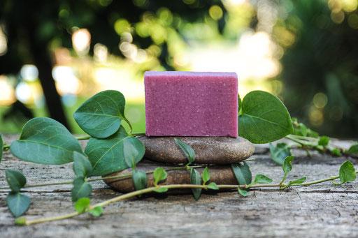 jabón de frutos rojos-cosmética natural ecológica-decoloresnatur