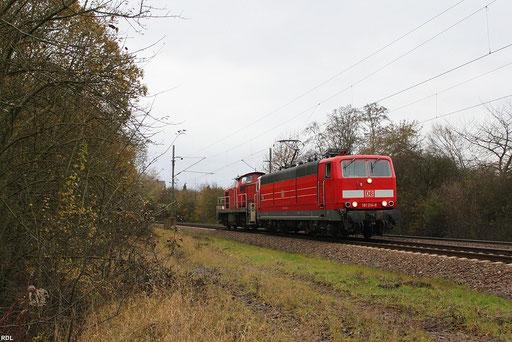 181 214 mit 294 658 als T 66826 Saarbrücken Rbf - Neunkirchen(Saar) bei Landsweiler Reden 08.11.2012