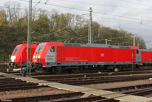 """185 402 """"grenn cargo"""" am 01.November 2012 im Bh Saarbrücken"""