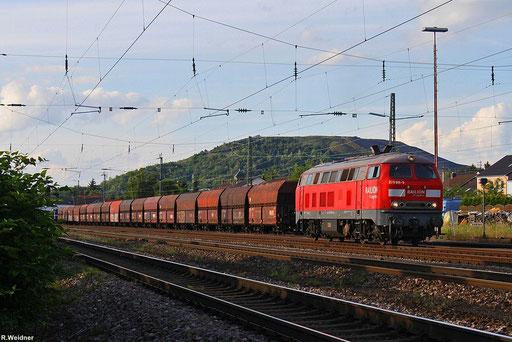 an einem schönen Sommerabend (14.06.12 -19:30 Uhr) wartet 225 811 (218 011) im Bhf. Ensdorf auf einen Importkohlezug den sie bis Neunkirchen/Saar nachschieben wird, zu diesen Zeitpunkt ist die Steinkohleförderung in Ensdorf schon eingestellt