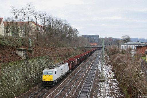 ECR 186 161 mit SY 47534 Saarbrücken Rbf - Forbach ,Ganzzug aus Wagen der Gattung Ealos-t -zur Wiederbeladung mit Rohholz, Saabrücken 14.12.2012