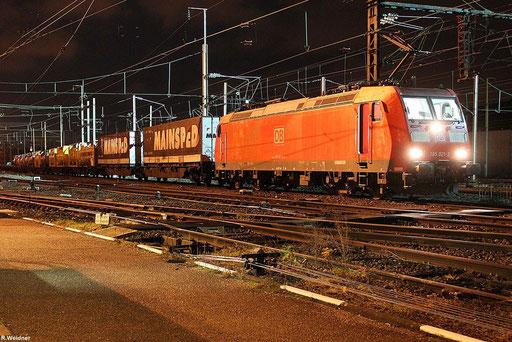 185 021 im Grenzbahnhof Forbach/F mit KT 41290 LU-BASF Ubf - Barcelona Central , 27.11.2012