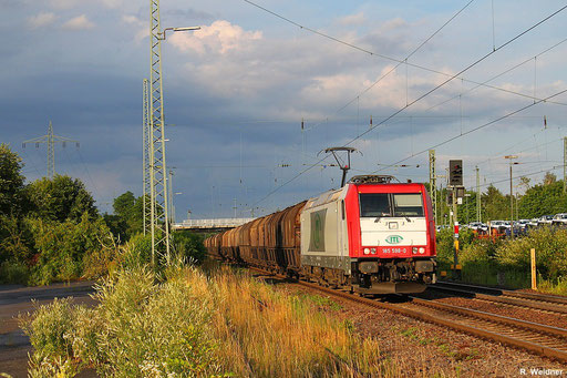 ITL 185 598 mit DGS 32852 Passau Hbf - Saarbrücken Rbf Nord, Ladegut ist Koks für den Großkonzern Compagnie de Saint-Gobain in Pont-à-Mousson, Einsiedlerhof 10.07.12