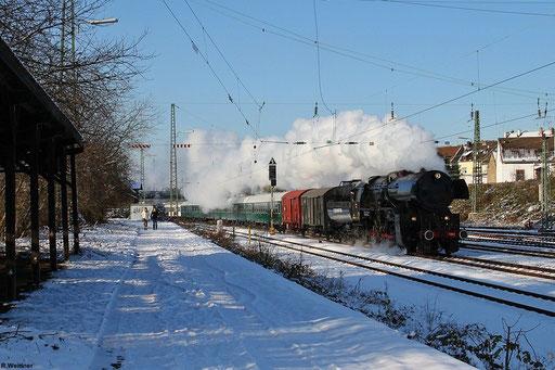 CFL 5519 mit DPE 25795 Luxembourg - Neunkirchen(Saar),  jährlicher  Dampfsonderzug zum Saarbrücker Weihnachtsmarkt bei schönem Winterwetter , 08.12.2012 in SB-Burbach