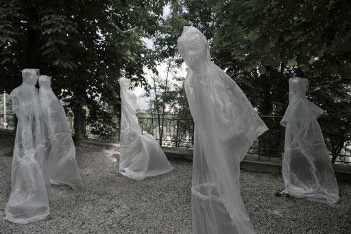 invisible, environment, Garten des Künstlerhauses Büchsenhausen 2014, Foto: Daniel Jarosch