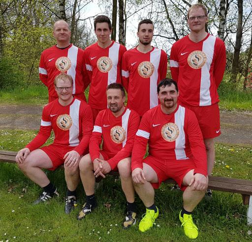 von links.: Matthias Fischer, Daniel Popp, Michael Lang, Jürgen und Chris Döbereiner, Fabian Küfner und Andreas Popp