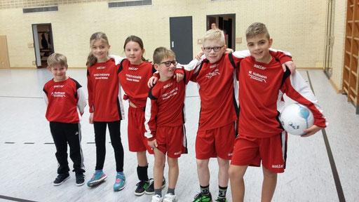 von links: Simon Dengler, Lena Neusser, Victoria Popp, Paul Schubert, Tim Hendel und Leo Dengler