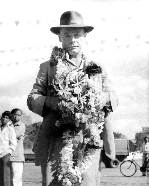 Francis in Poona.  Courtesy of MN Publ.