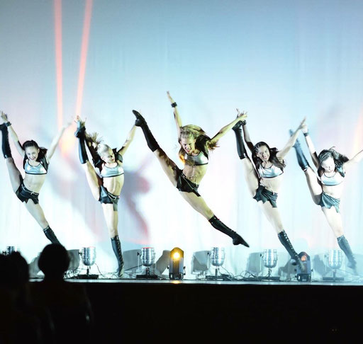 TDT Dancers - Edge of Dreams Tour - Melbourne