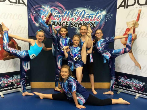 A great pic from North Point Dance (Brisbane) pictured with there new Banner