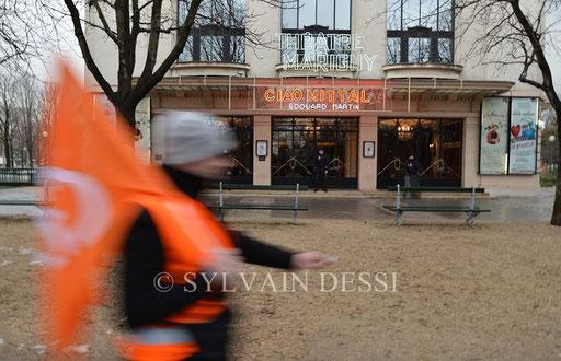 Coup de théâtre à Paris!!!