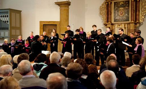 Das Vokalconsort beim Sommerkonzert 2012 in der Ehemaligen Kirche Hagen (Bild: Egmont Seiler).