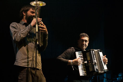 with Vinko Stefanov of Kocani Orquestar, photo Rodrigo Vázquez