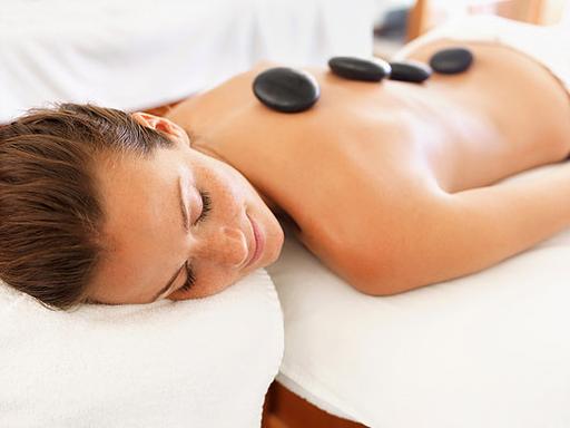 Bon cadeau massage biarritz, Excellence Wellness & Spa Massages Bien-être et Beauté Bio Biarritz. Soin corps et visage. Salon de massages du monde, Institut de beauté.