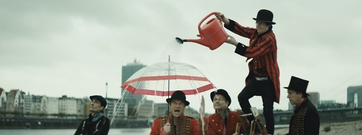 "Video Clip: Die Toten Hosen ""Feiern im Regen""  / Director: Johannes Grebert / Production: Katapult Filmproduktion GmbH / Year: 2019"