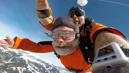 Tandemsprung in Zell am See/Salzburger Land. März 2019. Unvergesslich. Schreit nach Wiederholung . Zum Video und weiteren Bildern geht es HIER. Einfach das Bild anklicken.