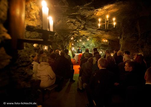 Bergbau, Untertage, Markus-Röhling Stolln, Hochzeit, Brautpaar, Hochzeitsgesellschaft, Trauung