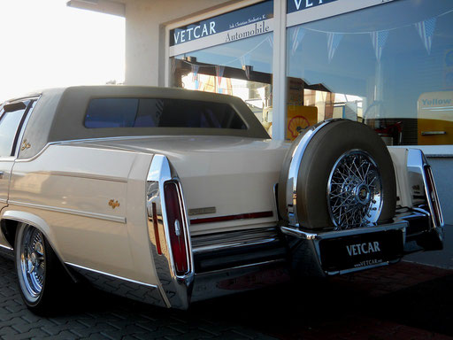 Cadillac Fleetwood Limited...Standard of the world...