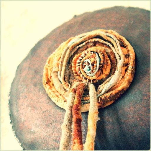 metallotextile, textiles, metal, art sculptures, vanorbeek, magnin