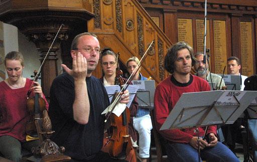Bei den Proben (Foto: Angelika Lindenbeck)
