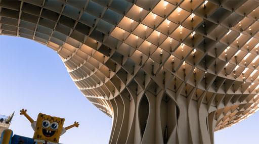 Sevilla life under the Metropol Parasol