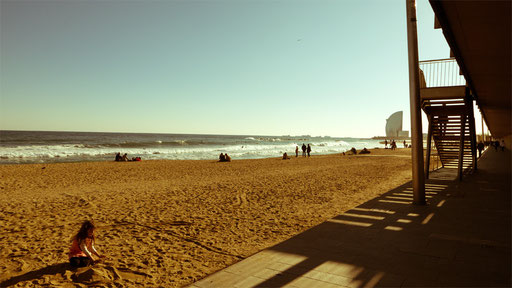 winter beach in Barcelona 5