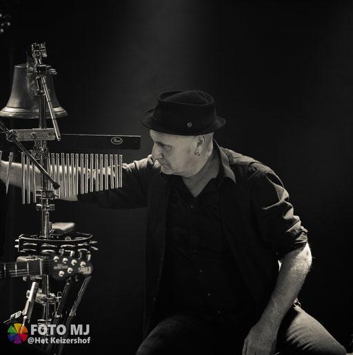 Eddy Geldof  / Percussie