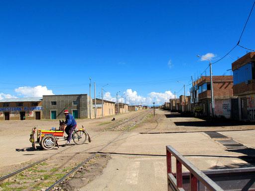 die Bahnstation von Ayaviri