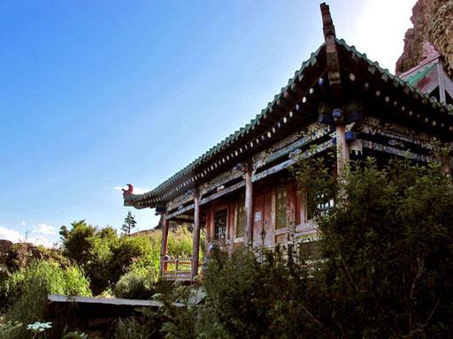das wieder aufgebaute Kloster wurde von 6 Mönchen verwaltet und bewacht