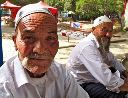 die beiden Uiguren wohnten noch in der Altstadt von Kashgar - die aber vom Abriss bedroht ist