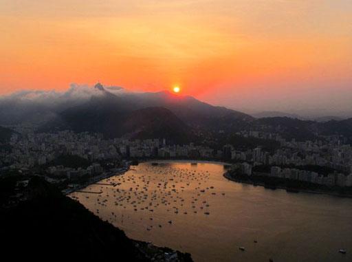 der Blick hinunter zum Yachthafen von Rio de Janeiro war unbeschreiblich schön