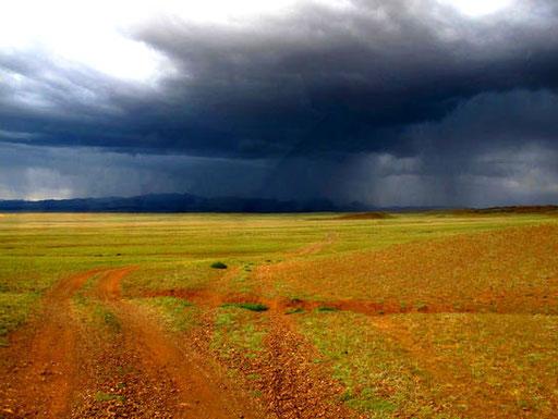 dramatische Wolkenstimmungen - fast so wie bei Nolde