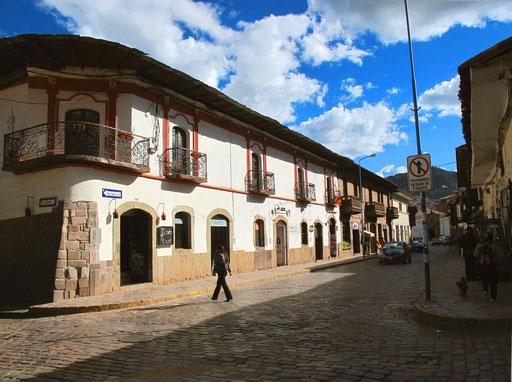 Hauptstrasse zur Plaza de Armas