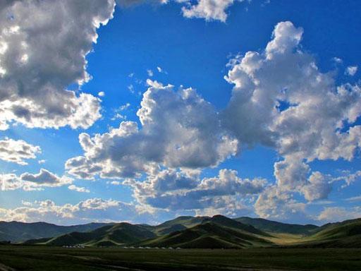 die zerzausten Wolken sorgten immer wieder für prächtige Lichtspiele