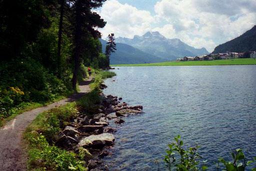 der edle Silverplaner See, im Hinergrund der Corvatsch