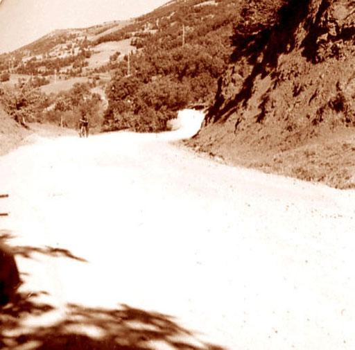 Auffahrt zum Paß-Gebirge an der bulgarischen Grenze